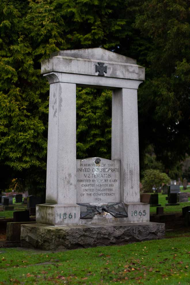 Looking for Stories in Seattle\'s Lake View Cemetery