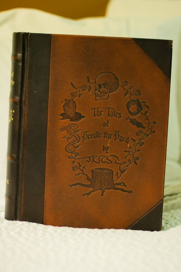 Admiring The Tales of Beedle the Bard - the Collector's Edition