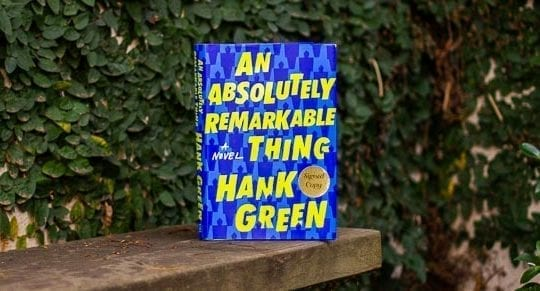 An-Absolutely-Remarkable-Thing-Hank-Green-YA-Book-Review-Bianca-Smith-Mass-Consternation-Featured-1
